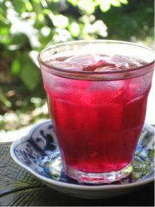 夏の飲み物 「赤ジソのジュース」