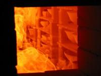 穴窯の窯焚きは3日間、登り窯は5日間の長丁場